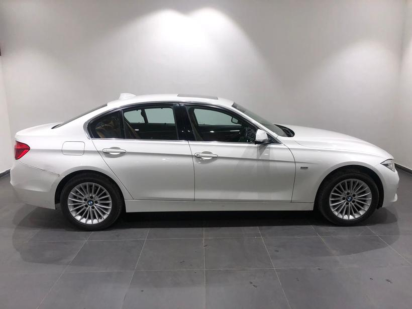BMW 3 Series 320d Luxury Line F30