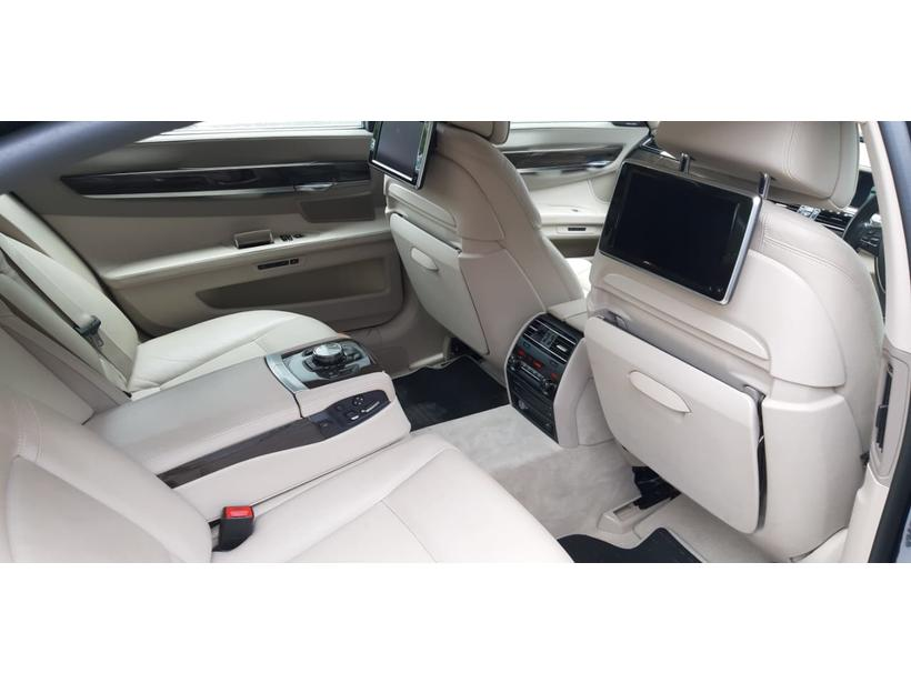 BMW 7 Series 730Ld Signature