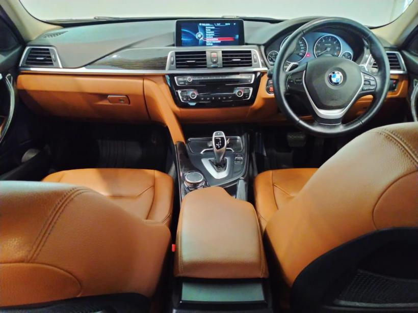 BMW 3 Series 320d Luxury Line Sedan