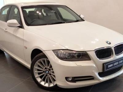 BMW 3 Series  (2011)