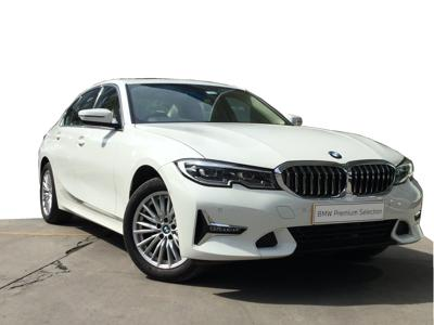 BMW 3 Series  (2020)