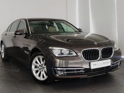 BMW 7 Series  (2015)