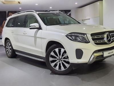 Mercedes Benz GLS  (2017)