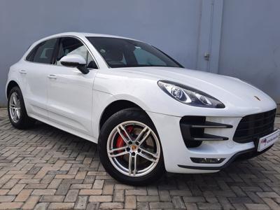 Porsche Macan  (2016)