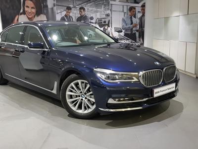 BMW 7 Series  (2018)